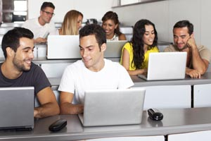 med-students-in-classroom-with-laptops-B